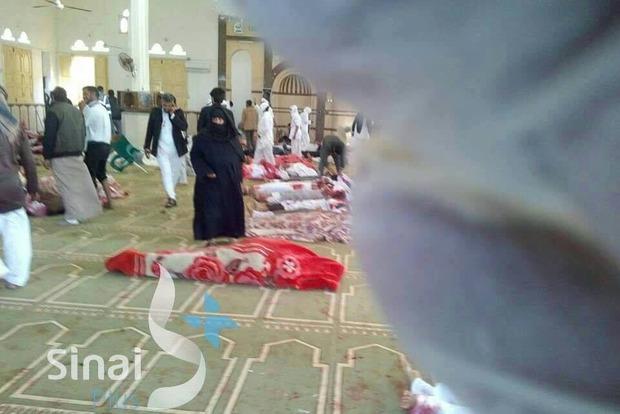 Число жертв кровавого теракта в Египте возросло до 155