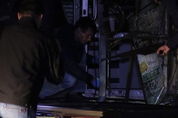 В Николаеве взорвали двери в банк «Пивденный»