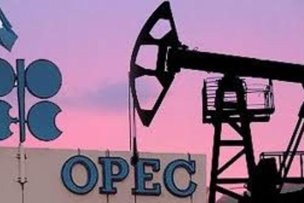 ОПЕК продолжит сокращать добычу нефти