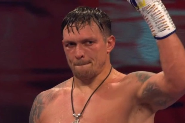 Усик выиграл свой второй бой в супертяжелом весе
