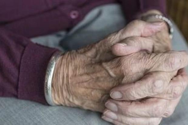 Верующие или атеисты: Ученые узнали, кто живет дольше