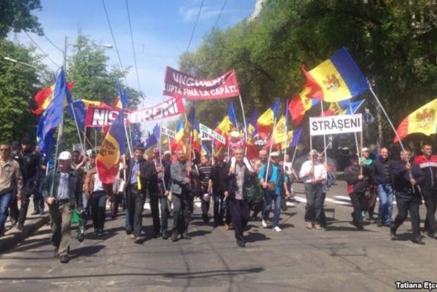 В Молдове демонстранты требуют отставки правительства и новых выборов