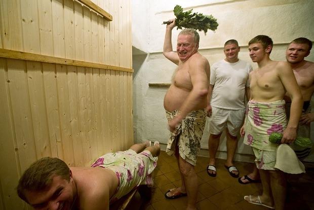 У Жириновского назвали клеветой обвинения в сексуальных домогательствах