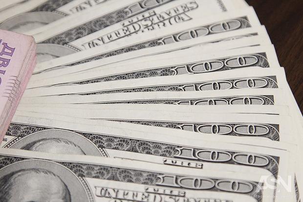 Большая часть взятых Украиной кредитов лежит мертвым грузом