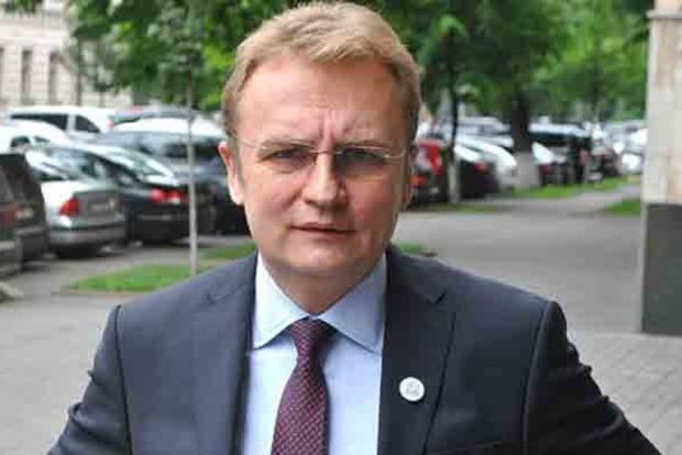 Садовой жестко ответил на предложение Тимошенко о сотрудничестве
