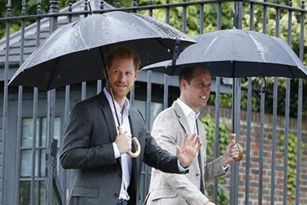 Принц Уильям пошутил о свадьбе брата Гарри