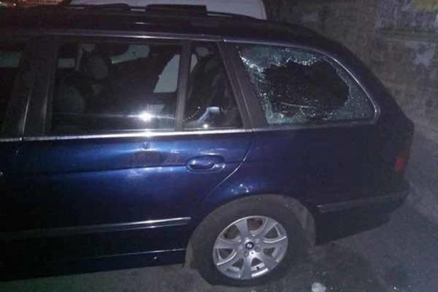 В Киеве со стрельбой похитили водителя