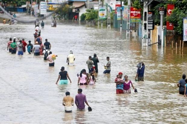Крупнейшее за 14 лет наводнение в Шри-Ланке. Погибли 146 человек