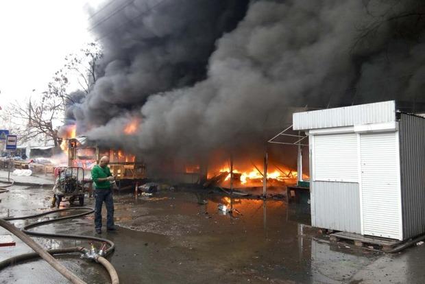 Пожар на рынке на Лесной: полиция открыла дело