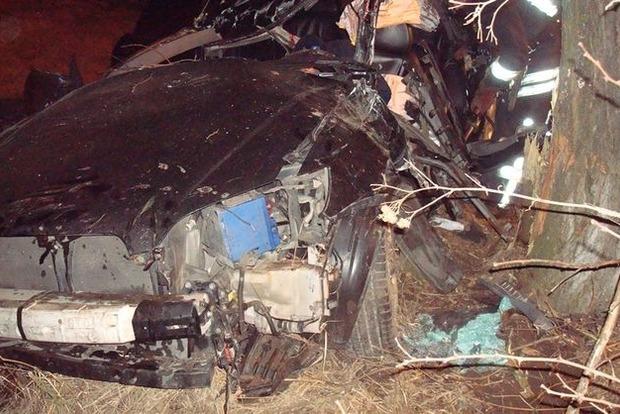 ДТП в Киевской области: трое погибших и три 16-летних парня в реанимации