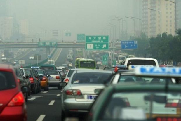 Эпохальное решение: Китай отказывается от бензина и дизеля
