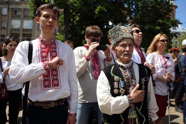 У Києві пройшов Мегамарш вишиванок
