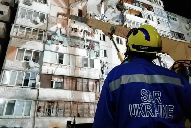 Взрыв в Киеве: спасатели укрепили поврежденные конструкции