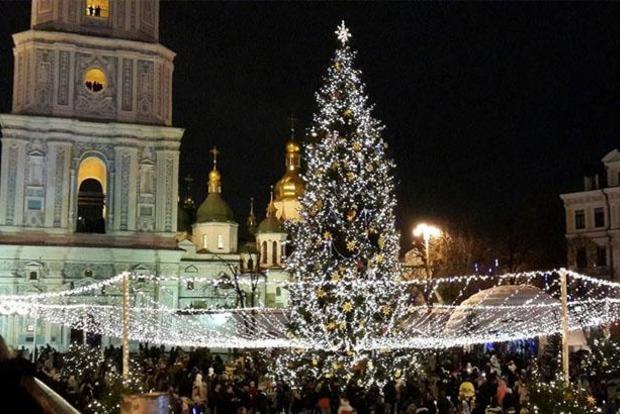 Празднование Нового года в Киеве показали с высоты птичьего полета