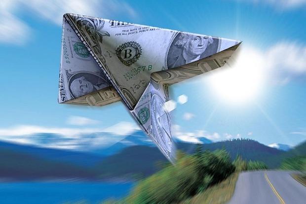 С 12 июня вступают в силу новые правила перевода денег за границу