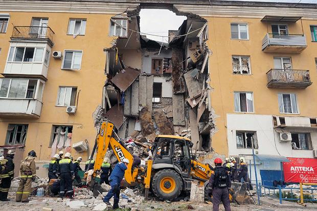 Тело третьего погибшего при взрыве в Волгограде извлекли из-под завалов, появилось видео
