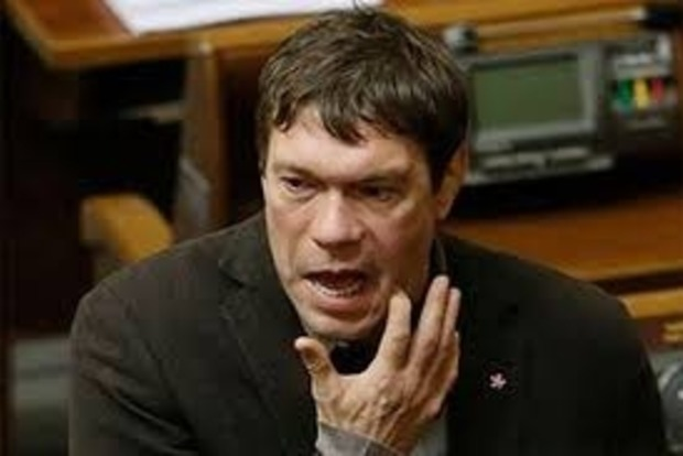 Бывшие фирмы депутата Олега Царева хотели перевести на себя кредит в 42 миллиона гривен