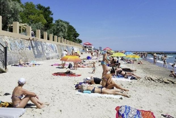 Новые правила отдыха в курортном сезоне-2020 от МОЗ: пляжный сезон без пожилых людей