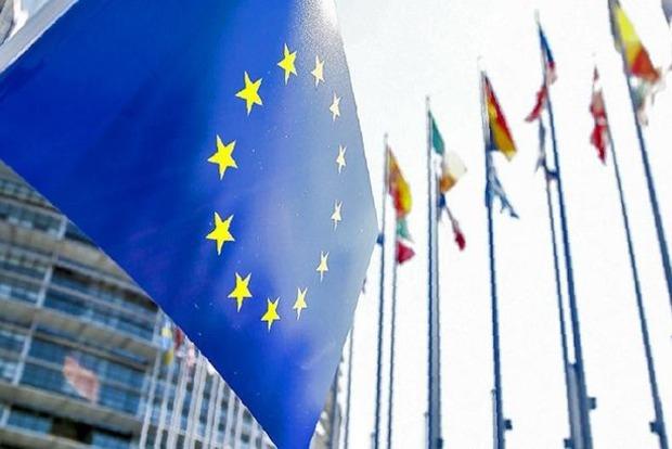 В Европарламенте предложили отмену платы за роуминг для Украины