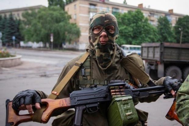 РФпроводит тестирования нового вооружения наДонбассе