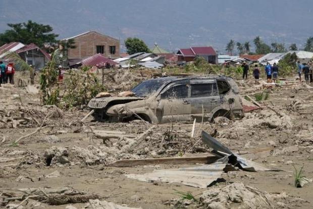 Количество жертв цунами в Индонезии достигло 1763 человек, 5 тысяч пропали без вести