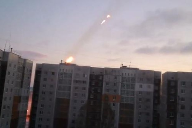 Боевики предлагают жителям Донецка откупиться от установки «Градов» под окнами