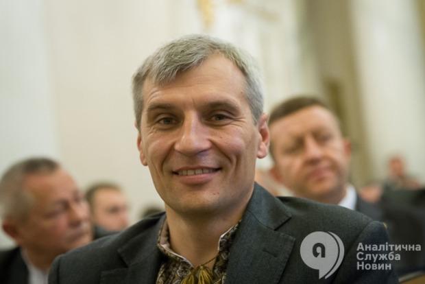 День с политиком: Золотые прииски Руслана Кошулинского