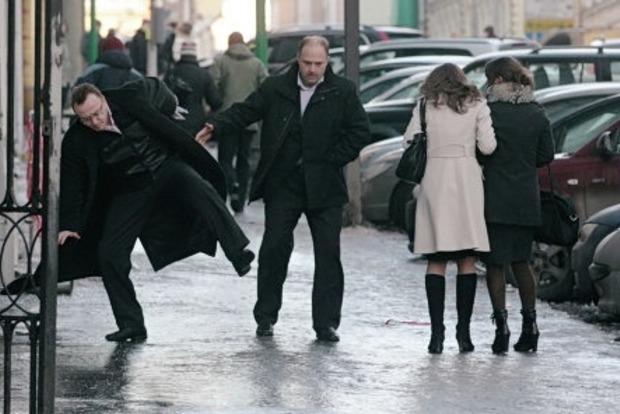 В Киеве из-за гололедицы пострадали более 160 человек