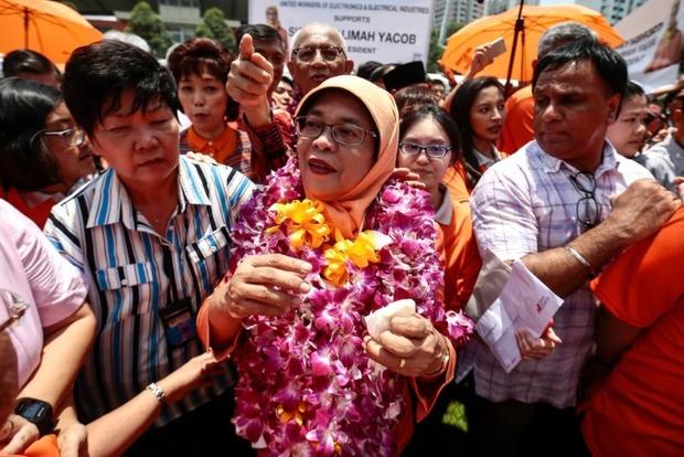 В Сингапуре без выборов назначили первую в истории страны женщину-президента