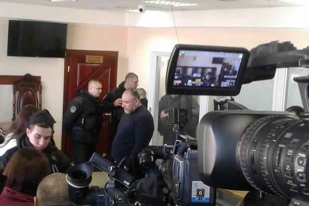 Предводитель титушек Крысин явился в суд. Но теперь уже без адвоката
