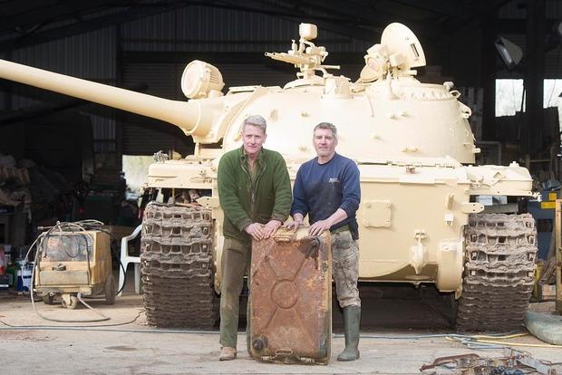 Британец нашел золотые слитки в старом советском танке Т-54