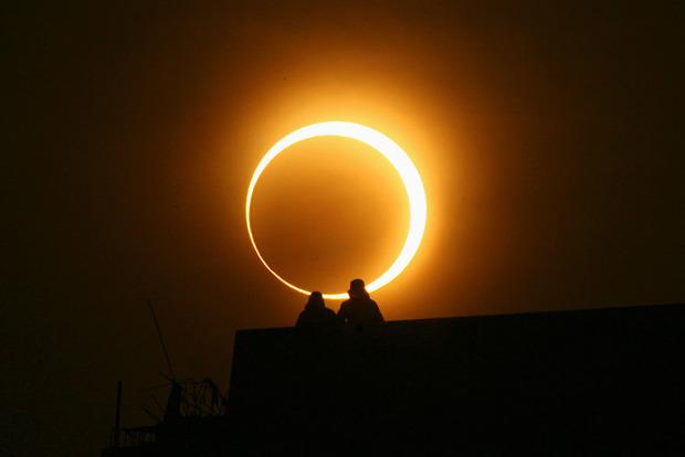 Трансляция солнечного затмения: во тьму погрузится 12 млн человек