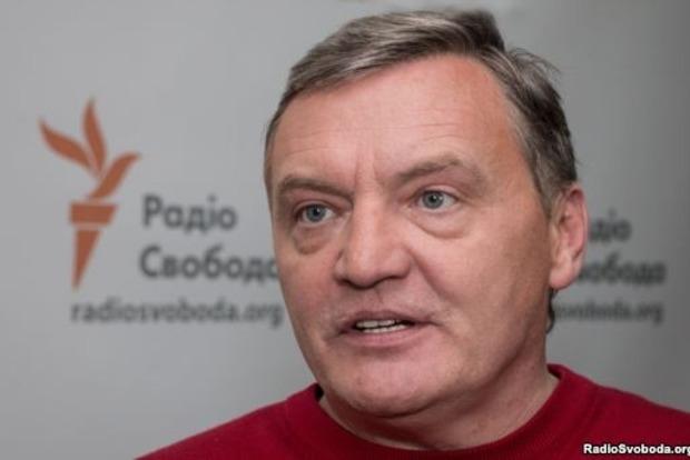 Кабмин хочет узаконить провоз продуктов на оккупированный Донбасс