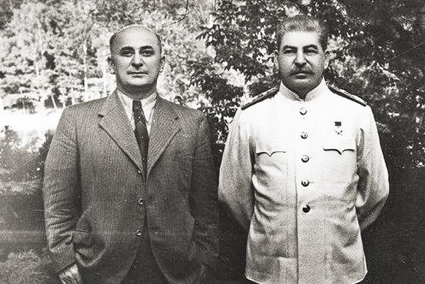 Прокуратура Крыма готовит подозрение Сталину и Берии в геноциде крымских татар
