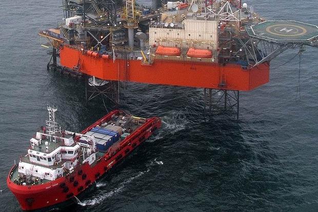 «Ъ»: На нефтегазоносный шельф захваченного Крыма позарилась сомнительная фирма