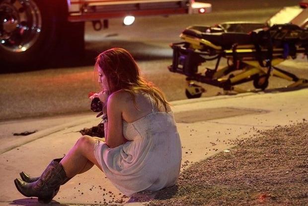 В гостиничном номере стрелка из Лас-Вегаса полиция нашла оружие и тысячи патронов