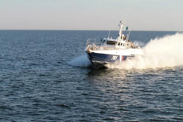 Сторожевой катер РФ устроил провокацию в Азовском море
