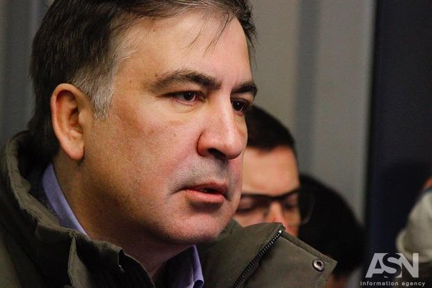 Саакашвили объявил, что украинская власть желает отказать ему встатусе «временной защиты»