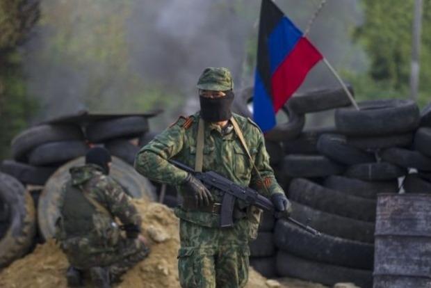 На Донбассе за сутки террористы устроили 19 обстрелов, 2 украинских военных ранены