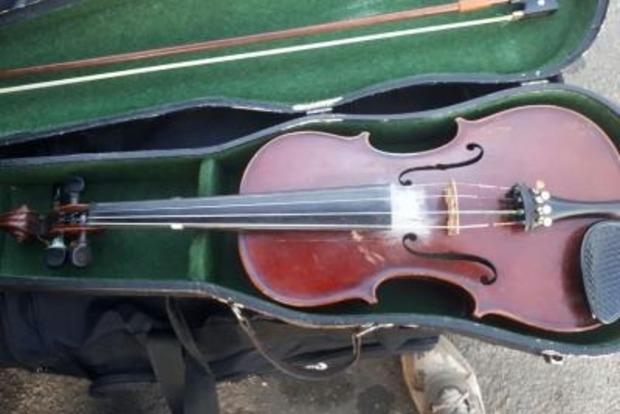 20-летний украинец пытался вывезти в Словакию скрипку 1857 года