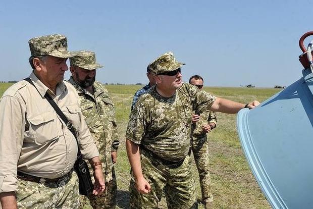 Фото к материалу: Подлил масла в огонь. Турчинов похвалился новой ракетой для мостов и переправ