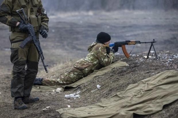 Боевики 50 раз обстреляли позиции сил АТО