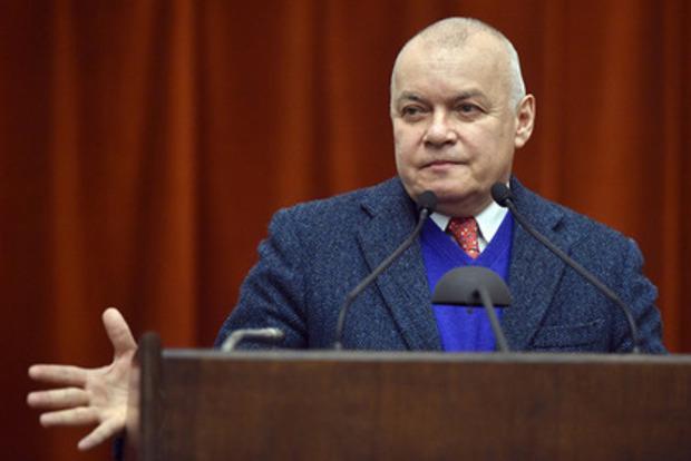 В Крыму главреда издания заставили скупить весь тираж за публикацию о вилле Киселева