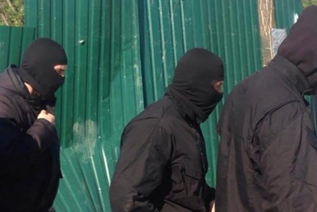 Прокуратура расследует захват военного городка в Одессе