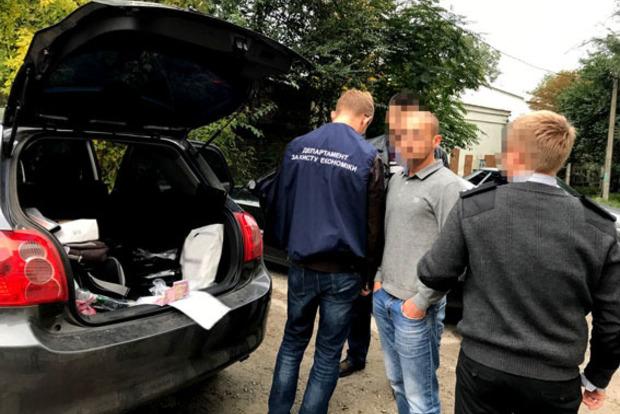 Очередного госисполнителя поймали на взятке в 11 тыс. грн