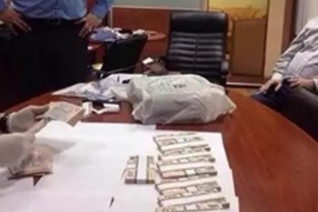 В Днепропетровске на взятке попался руководитель налоговой инспекции