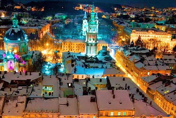 В Украине готовят варианты полного локдауна. Во Львове собираются остановить общественный транспорт