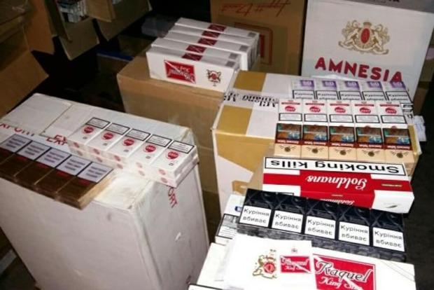 В Мариуполе нашли контрафактных сигарет для «ДНР» на два миллиона гривен