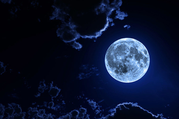 Что нельзя делать разным знакам Зодиака на полную Луну