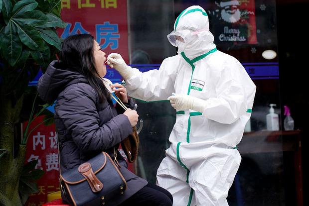 Китайцы нашли очередного виновника рождения коронавируса. Но, как-то белыми нитками все шито